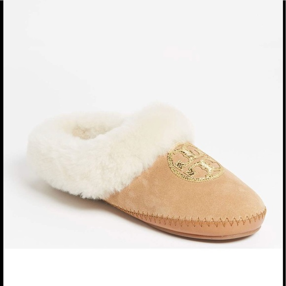 bb7335221ce Tory Burch Slippers